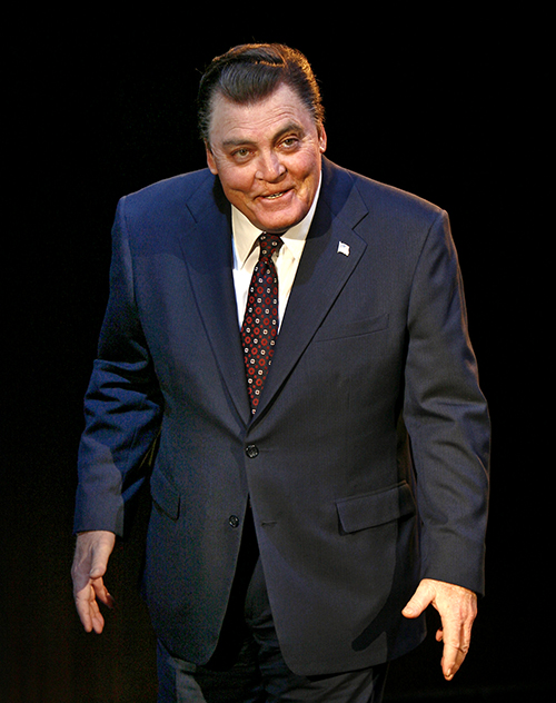 "Stacy Keach as Richard Nixon in ""Frost/Nixon"" at the Ahmanson Theatre. Photo by Carol Rosegg"
