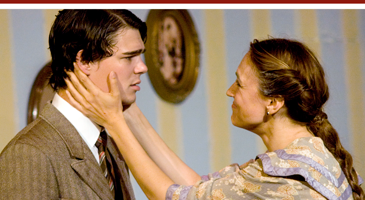Kevin Railsback and Lesley Fera in J.M. Barrie's one-act 'Rosalind' at Pacific Resident Theatre. Photo by Vitor Martins