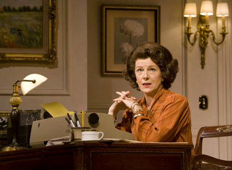 Mimi Kennedy as Ann Landers, 'The Lady with All the Answers' at Pasadena Playhouse. Photo by Craig Schwartz