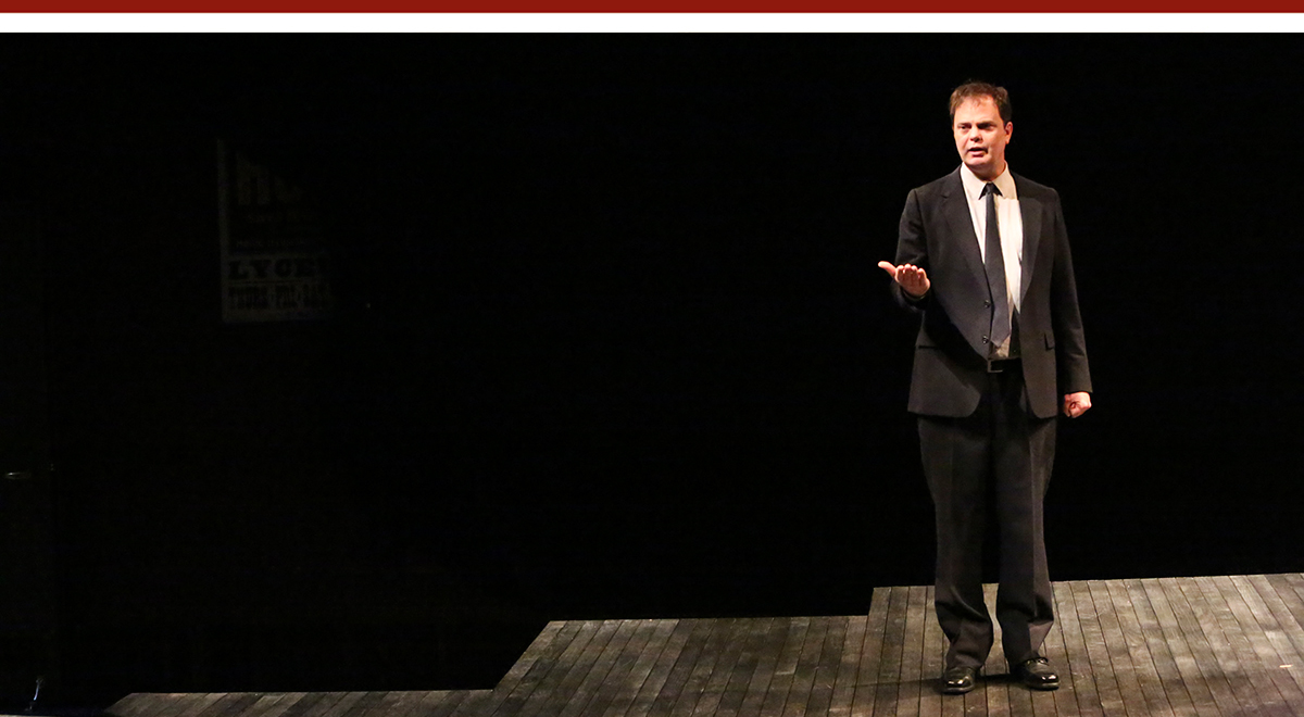 Rainn Wilson in 'Thom Pain (based on nothing)' by Will Eno at Geffen Playhouse. Photo by Michael Lamont
