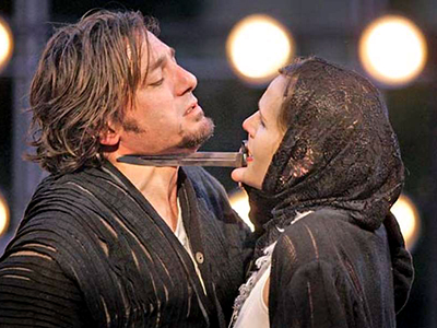Reg Rogers and Susannah Schulman in 'Richard III' at Cal Shakes. Mark Costantini / The Chronicle