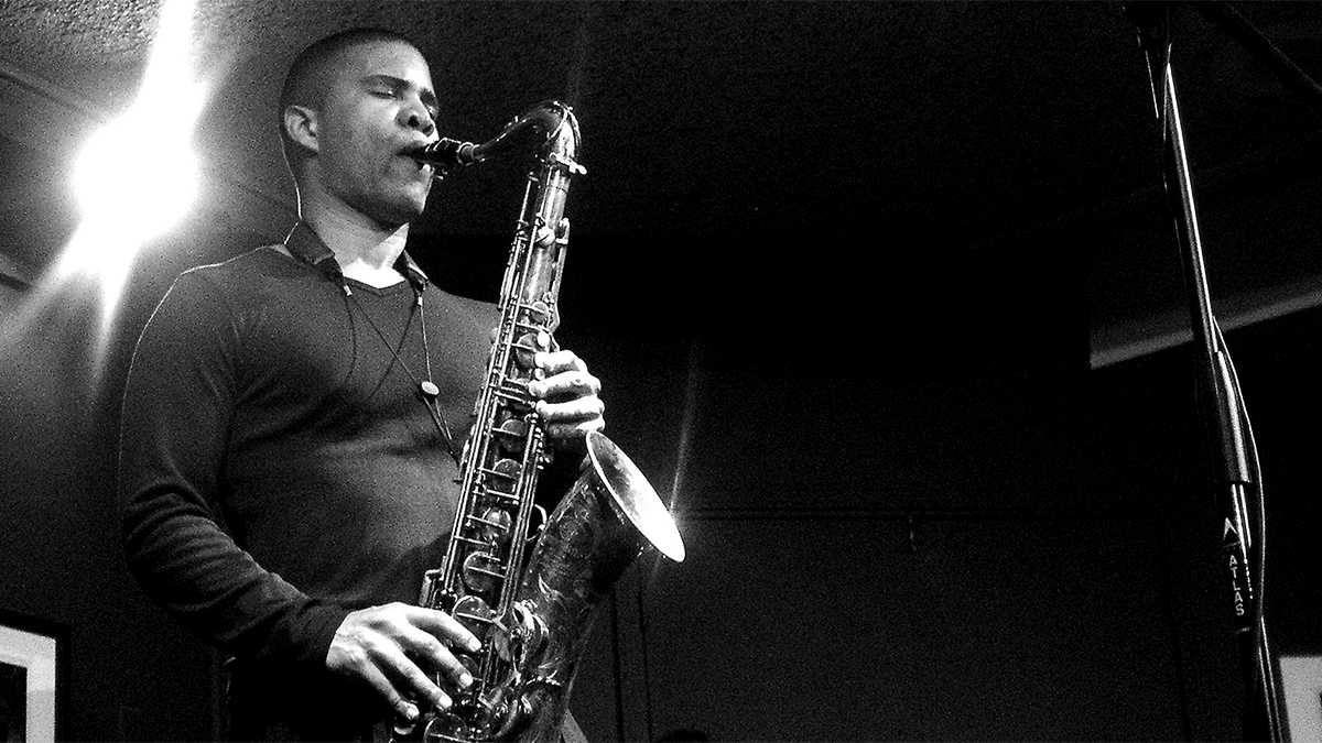 Saxophonist David Sanchez
