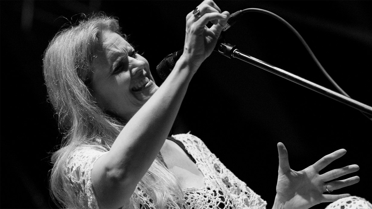 Vocalist Tierney Sutton at the 2012 Avantgarde Jazz Festival Rovinj, with her band. Photo courtesy of Info Rovinj