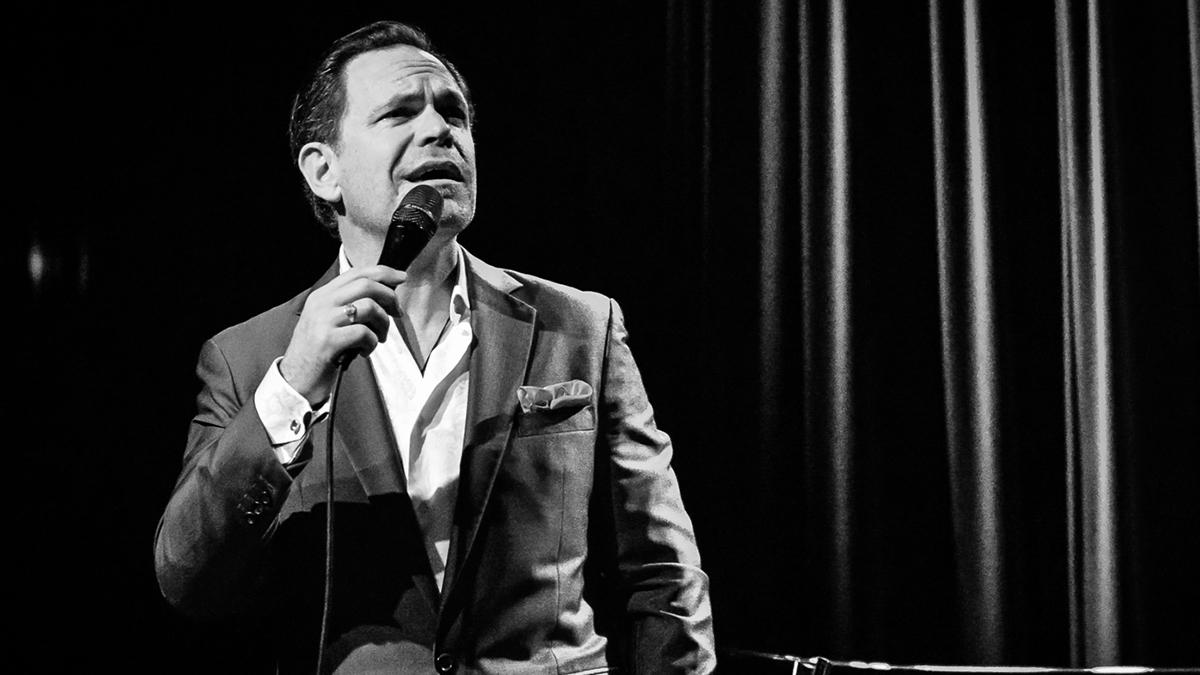 Vocalist Kurt Elling