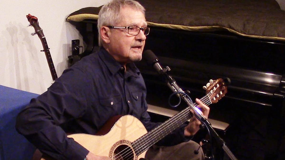 Folk Singer Art Podell